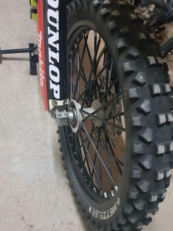 Vendo pneus de motocross