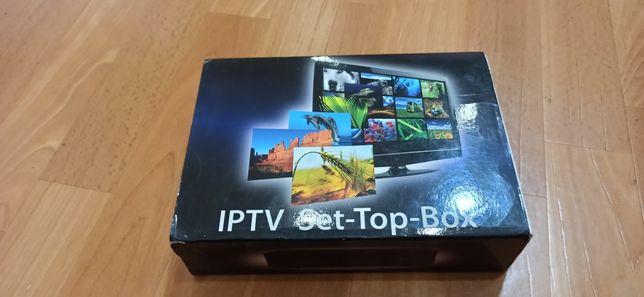 Приставка IPTV для телевизора Set Top Box Mag250