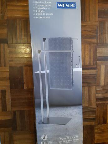 Toalheiro Casa de Banho Novo