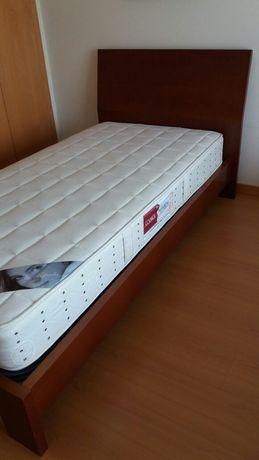 Estrutura de camá de solteiro