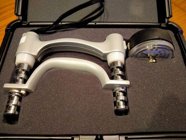 Продам Дінамометр JAMAR для вимірювання сили рук, в гарному стані.