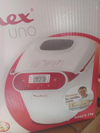 Новая печь в упаковке.