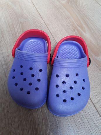 crocsy niefirmowe 22