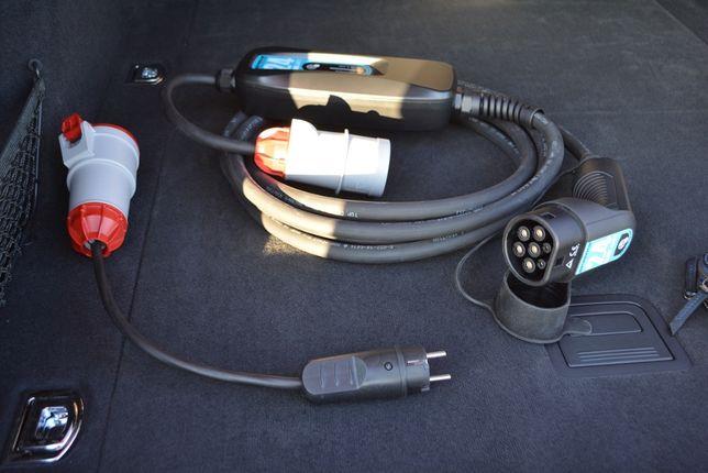 Мобильная зарядная станция Sparks 17кВт для электромобиля Tesla Тесла