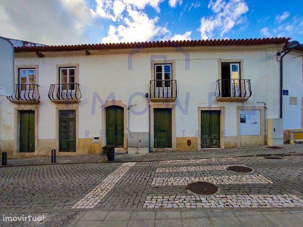 Moradia No Centro Histórico - Espinhal