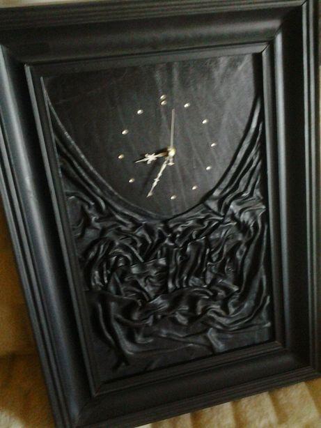 Zegar skórzany ścienny.