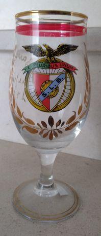 Copo de vidro de pé alto do Benfica dos anos 90