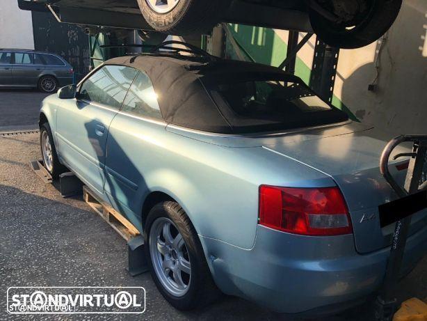 Audi A4 2.5 TDI Sport Cabrio de 2003 para peças