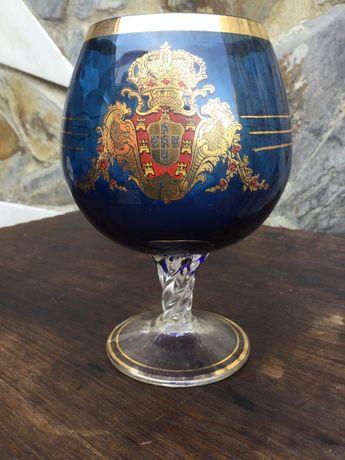 Copo Vidro Cristal Brasão Coroa Portuguesa Pintado á mão Ouro 15,5 cm