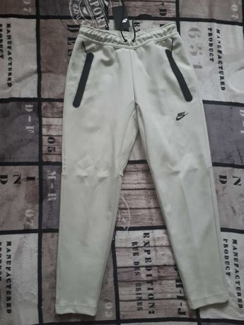 Spodnie dresowe NIKE Nsw Tech Fleece rozm.S