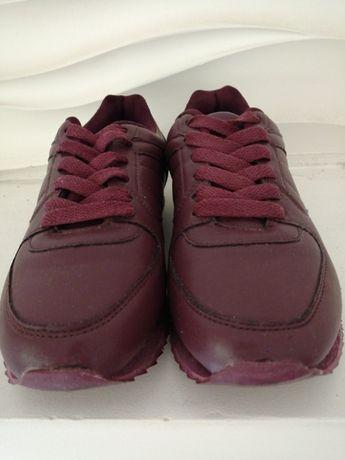 Damskie buty EVEN ODD