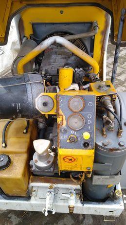 Kompresor śrubowy  Atlas copco XAS 32  silnik Deutz