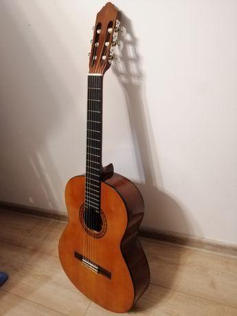 Gitara Yamaha cs40