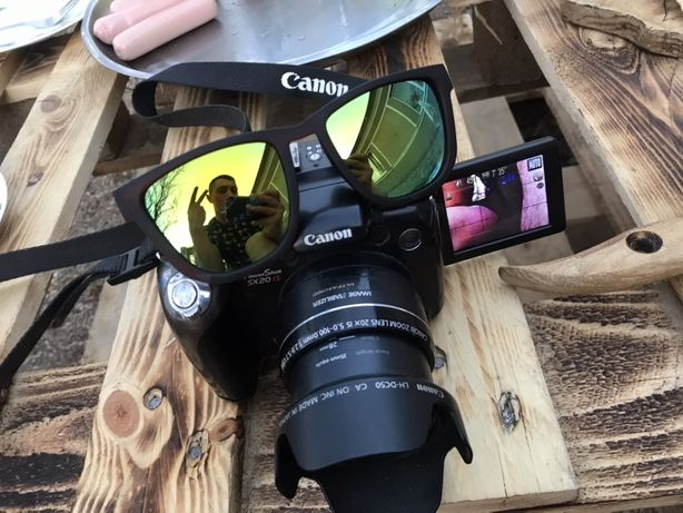 Canon is sx 20