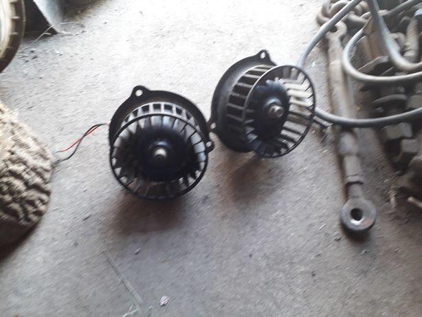 Два мотори пєчки