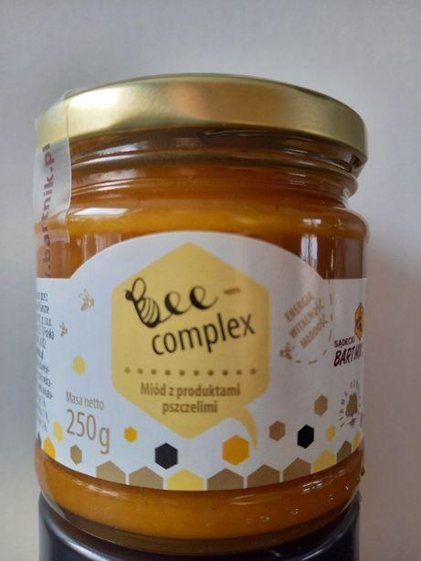 Pyłek + pierzga + propolis + mleczko w miodzie (Bee-Complex)