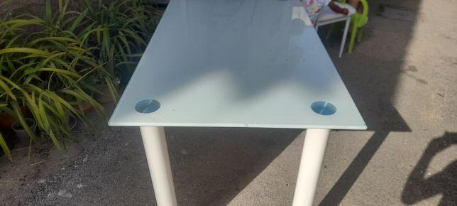 Conjunto de mesa de vidro com 5 cadeiras