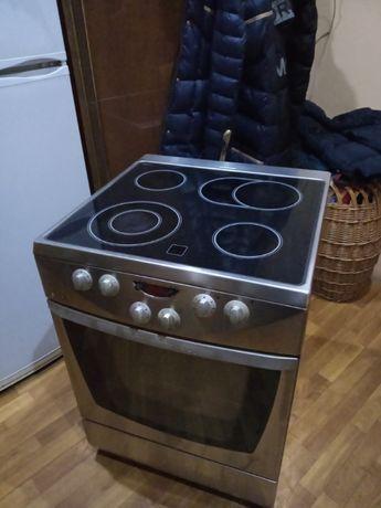 Плита электрическая Gorenje 60x60,нержавейка.
