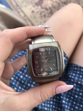 Годинник часы Gucci