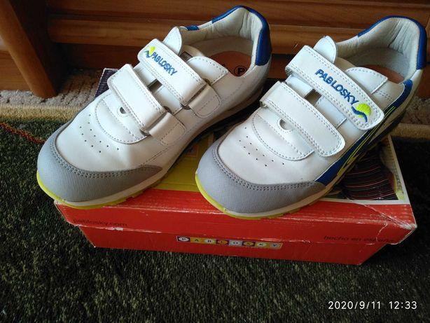 Продаются кроссовки pablosky новые 34 размер