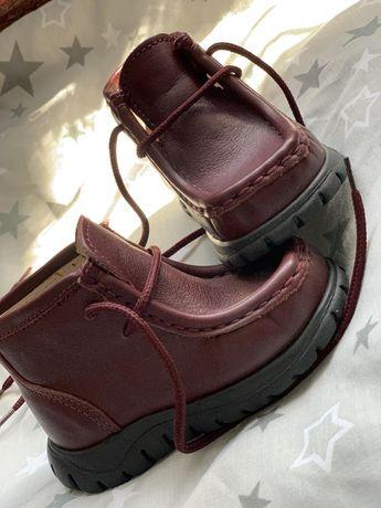 Ботинки детские новые (кожа)