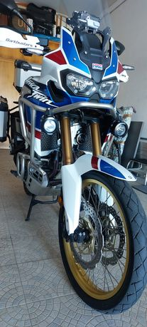 Africa  twin 1000 dct.adventure sports. fuill extras.