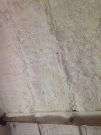 Pianka poliuretanowa natrysk ocieplenie poddasza PUR izolacja
