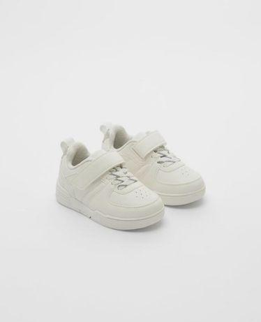 Кроссовки белые zara размер 22