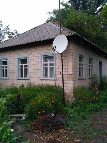 Продается дом недалеко от Днепра (с. Сушки Каневский р-н Черкас. обл.)