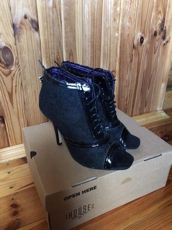 Босоножки туфли ботиночки iron fist готические черные со шнуровкой
