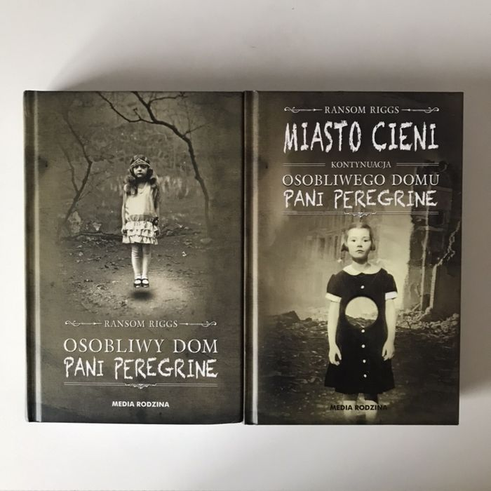"""Książka """"Osobliwy dom pani Peregrine"""" + kontynuacja - Ransom Riggs Jarosław - image 1"""