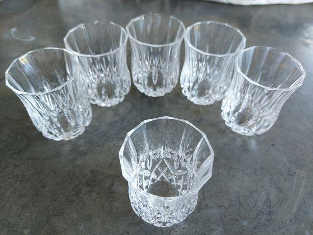 Garrafa de cristal com 6 copos de licor
