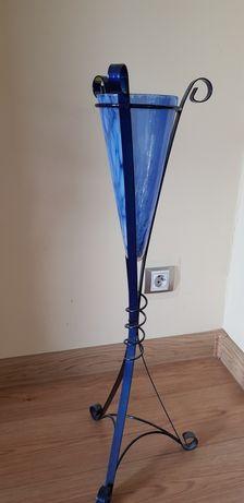 Metalowy niebieski stojak na kwiaty wys.75 cm