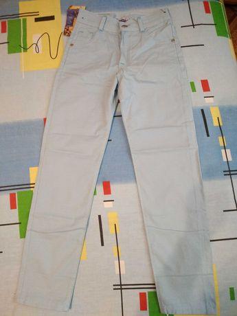 Легкие брюки в школу или торжество