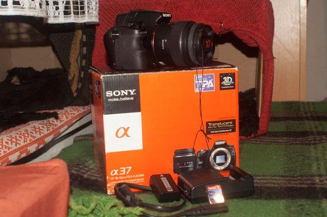 Фотоаппарат зеркальный цифровой SONY SLT A-37 ALPHA+Kit 18-55, Full HD