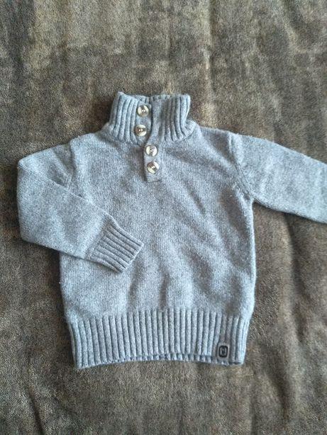 Ciepły sweterek okaidi 86