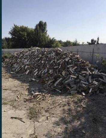 Продам колотые дрова твердых пород (дуб, ясень, акация )