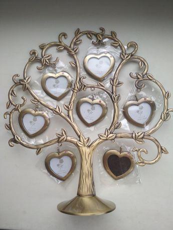 Подставка с сердечками-медальонами