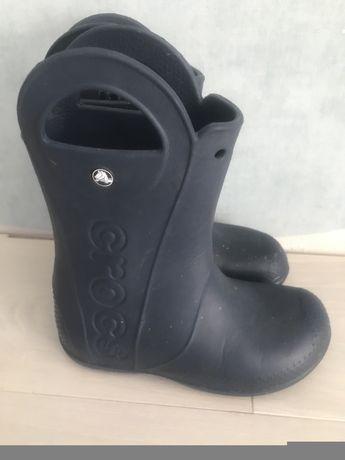 Продам резиновые сапоги Crocs