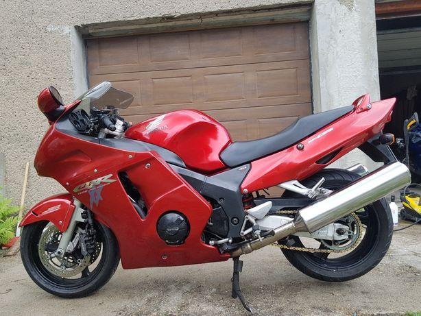 Doinwestowana Honda CBR 1100XX super BlackBird Polski salon PL