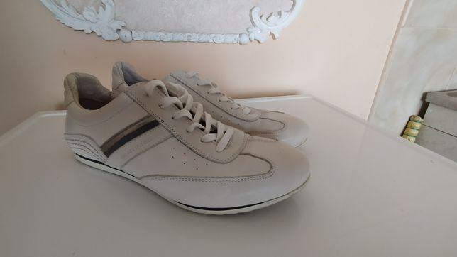 Кожаные белые туфли-кеды (кросовки) весна-осень
