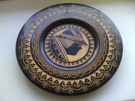 Тарелка деревянная сувенирная декоративная