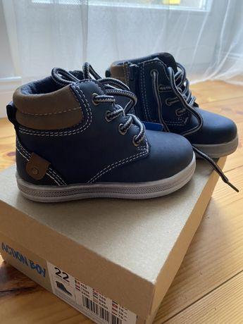 Sprzedam nowe buciki zimowe Action Boy rozmiar 22