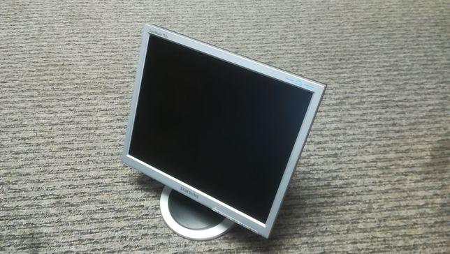 Monitor LCD 17'' Samsung Syncmaster 713n