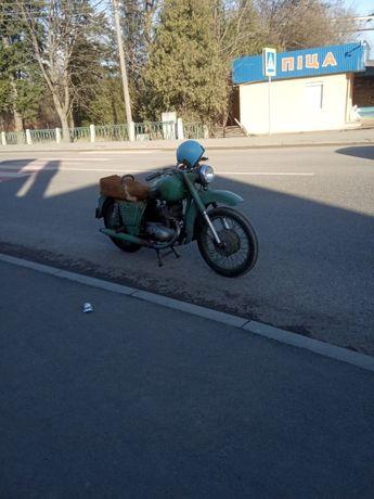 мотоцикл іж планета 1956 року