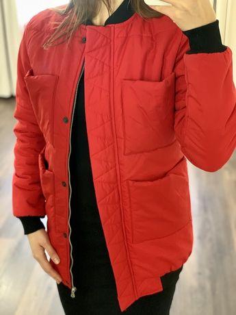 Красная куртка Monochrom с 4 карманами