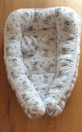 Kokon wraz z poduszką na kolkę