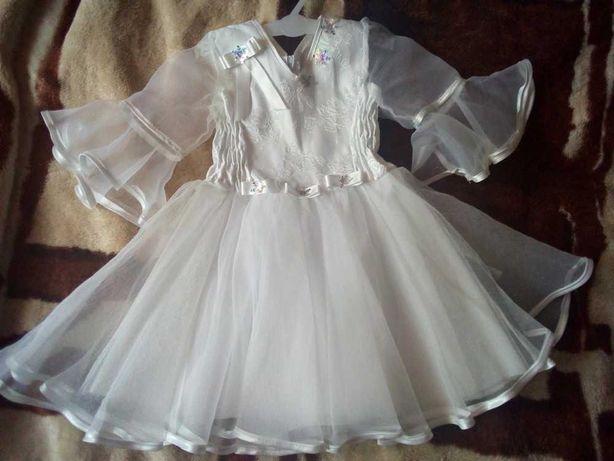Платье снежинки на 3-4 года
