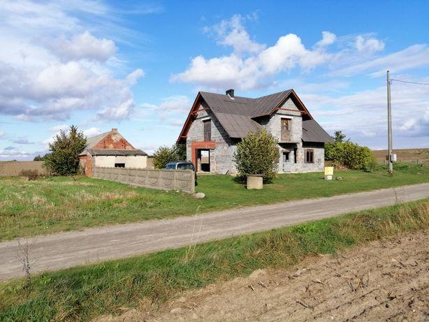 Dom na wsi  stan surowy otwarty działka 1700 metrów media