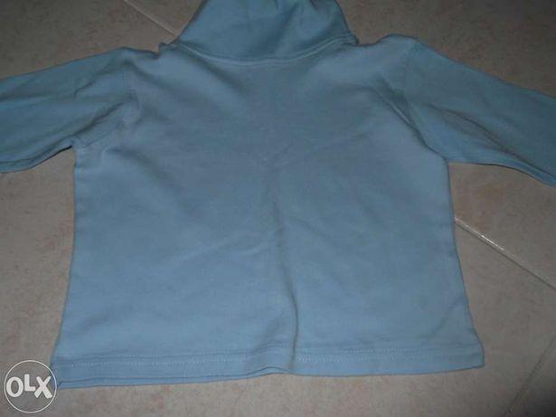 Blusa azul dos 9 aos 12 meses
